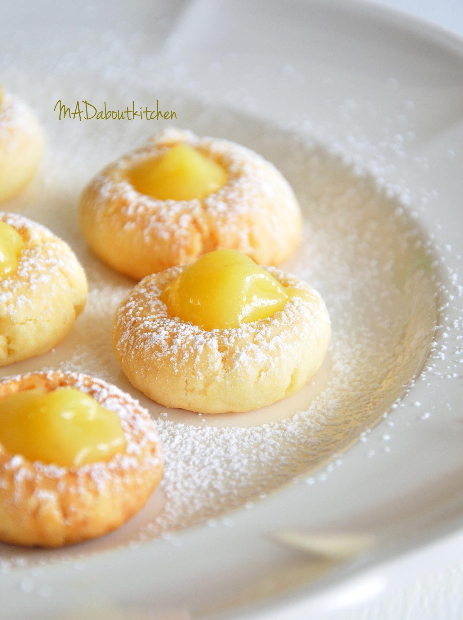 Lemon Curd Cake Balls